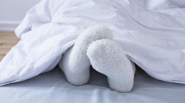 Postup a metoda, která napomáhá při celkovém neklidu, unavených těžkých nohách a žilních problémech.